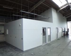 倉庫内会議室増設工事